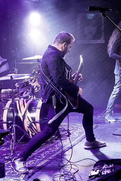 Ormsby Guitars Obsidian Tide