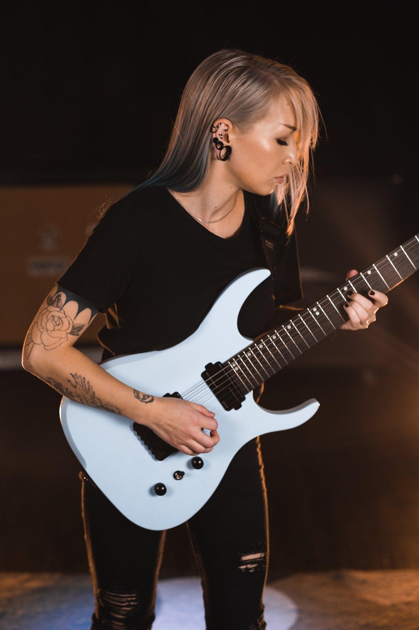 Ormsby Guitars Sarah Joanne Draper Guitar